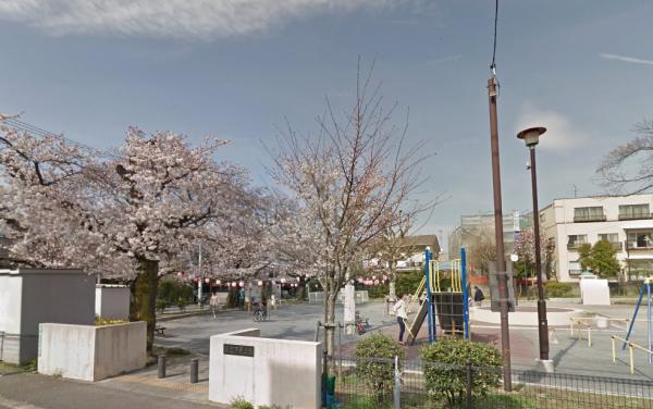 世田谷区  東京都   Google マップ